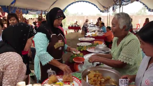 """แกลอรีภาพ ธนาคารชาวบ้าน วัฒนธรรมอาหาร """"ครัวใบโหนด"""""""