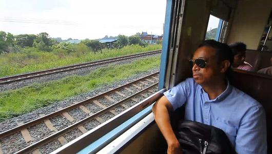แกลอรีภาพ รถไฟที่คนไทยต้องการ ?