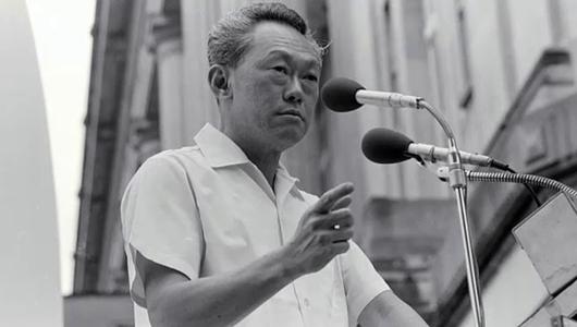 แกลอรีภาพ 50 ปี สิงคโปร์